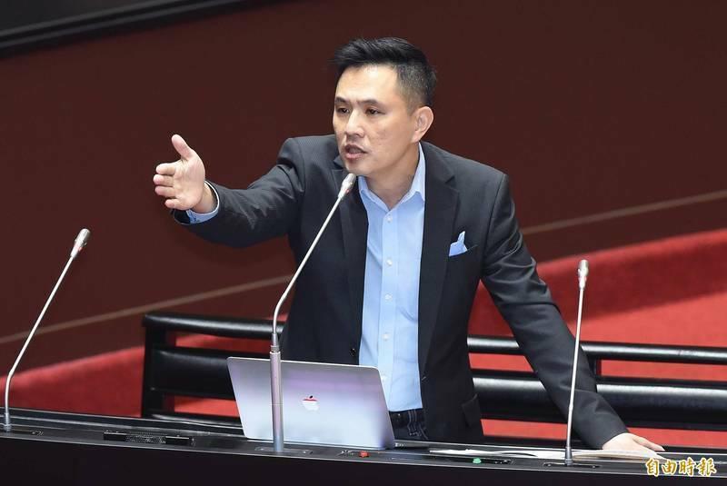 批吳釗燮訪歐缺席質詢「藐視國會」 陳以信被轟「扯後腿」