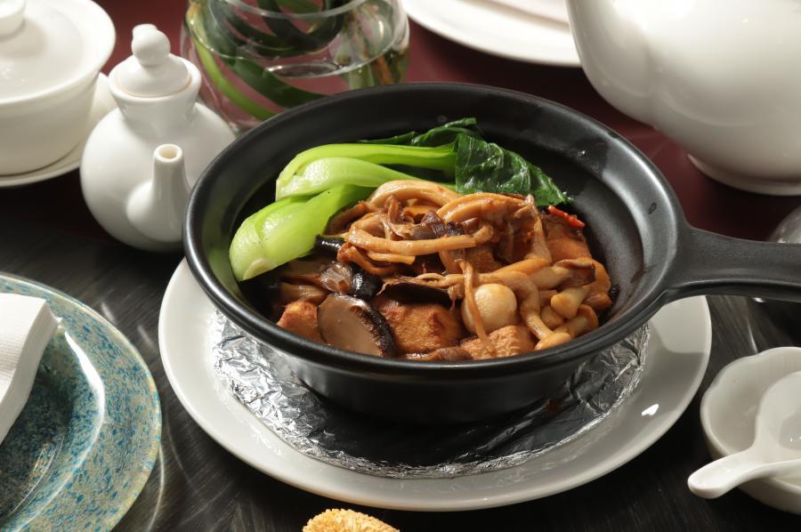 美味又能玩變化 主廚教你用「它」做出下飯豆腐煲