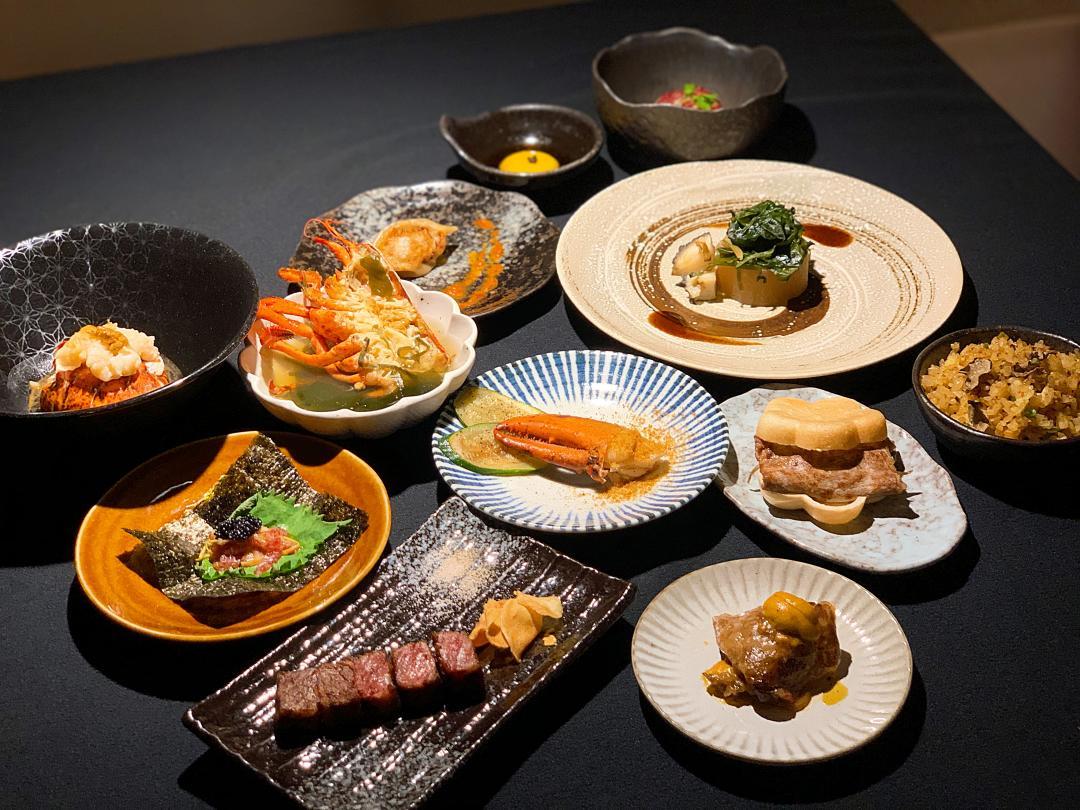 網路票選第一名「犇鐵板燒」最平價套餐!吃遍12道日本和牛、活龍蝦