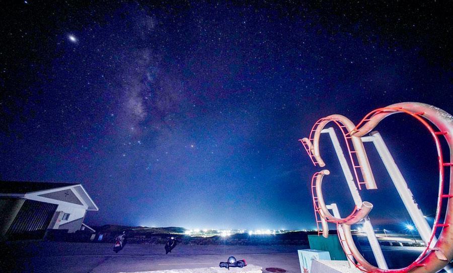 澎湖最美暗空島嶼!七美晚間熄燈「雙心石滬數星星」極度浪漫