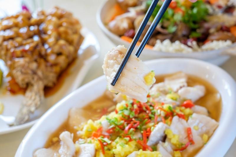 「桃園石門活魚美食券」500元免費領!30家餐廳加碼送小菜水果、整桌打8折