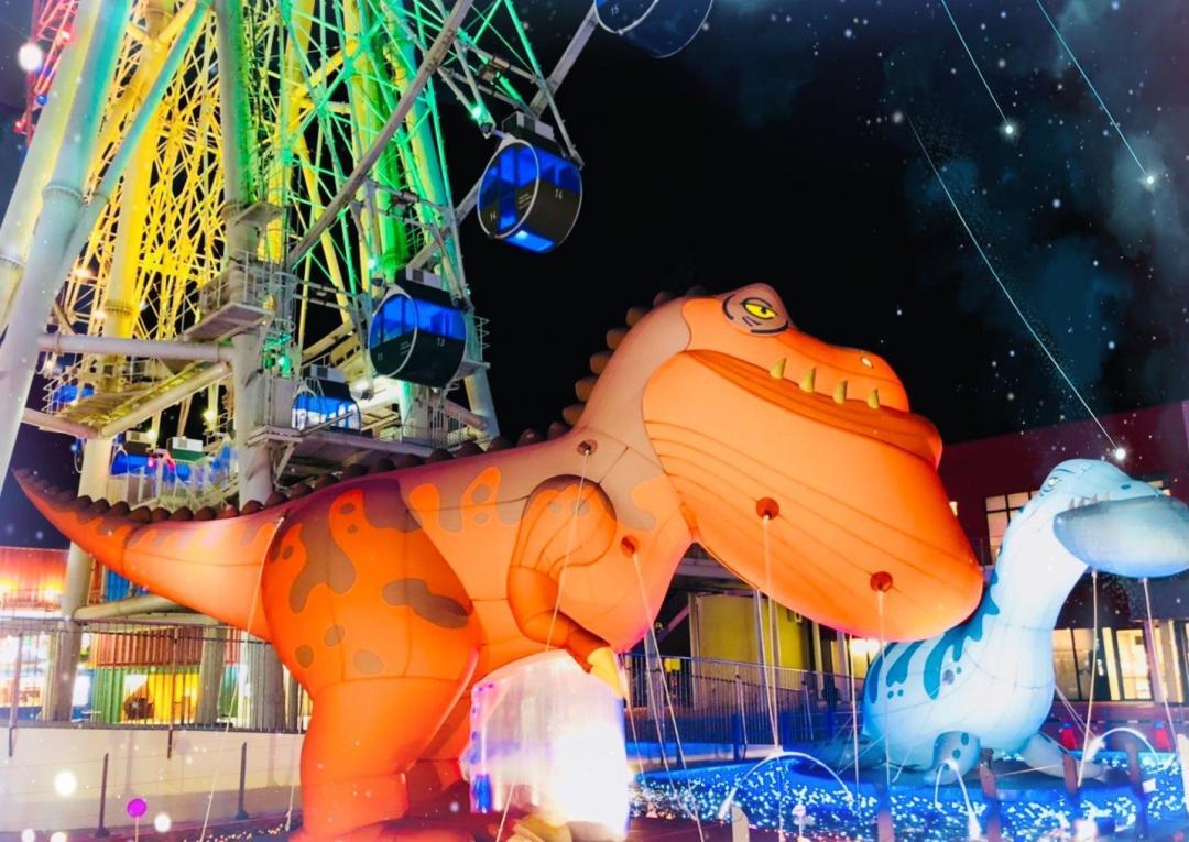 不只新北耶誕城必拍!「巨萌戽斗恐龍、2D巴黎大道飄雪」全台耶誕景點特搜