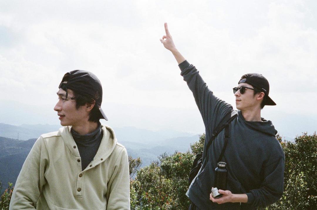 許光漢、田馥甄都來攻頂這座山!國民男友打卡夢幻步道自爆「就愛看山小」