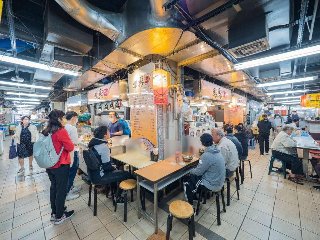 台北公館「水源市場」隱藏美食!星級炒飯用料超澎湃、韓式鍋物排隊也要吃