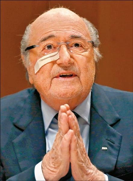 FIFA、歐足主席 涉貪禁足8年