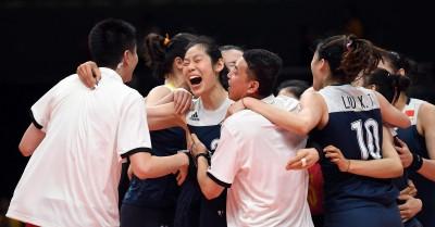 奧運》巴西女排三連霸夢碎 中國五局逆轉挺進四強