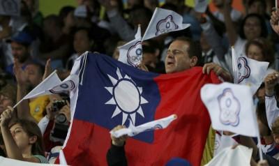 奧運》熱血愛台灣!克里斯披國旗為莊佳佳加油