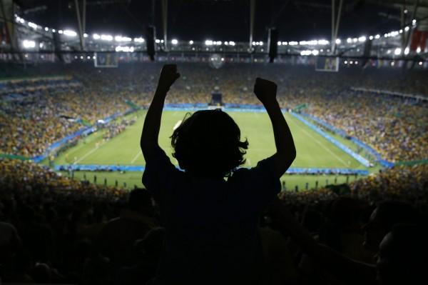 巴西奪奧運男足首冠 全國人民都瘋了