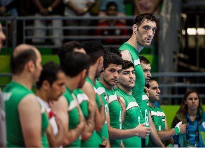 帕運》伊朗引進「8呎」長人 劍指坐姿男排金牌 (影音)