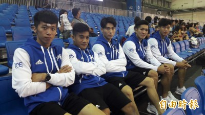 世大運》台灣體操男孩明登場 期待「自己人」一同進場喊聲