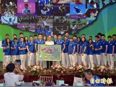 世大運》「謝謝你們,台灣英雄」 選手餐會看影片泛淚