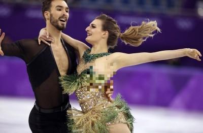 冬奧》法滑冰女將意外走光  設計師認為服裝暴露