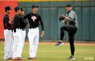 棒球》NIKE青棒訓練營登場 王建民、林子偉等大咖指導