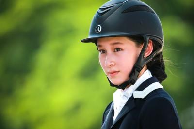 馬術》16歲正妹翁紫羚 首獲泰國公主盃金牌
