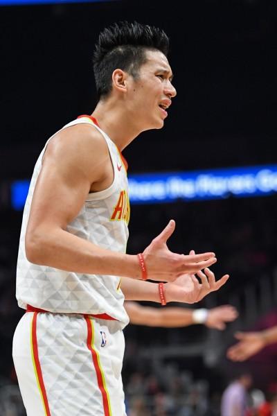 NBA Live》柯瑞寫三分里程碑 林書豪復出仍救不了老鷹