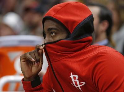 NBA》火箭戰績悽慘有原因 記者提問讓球員笑不出來