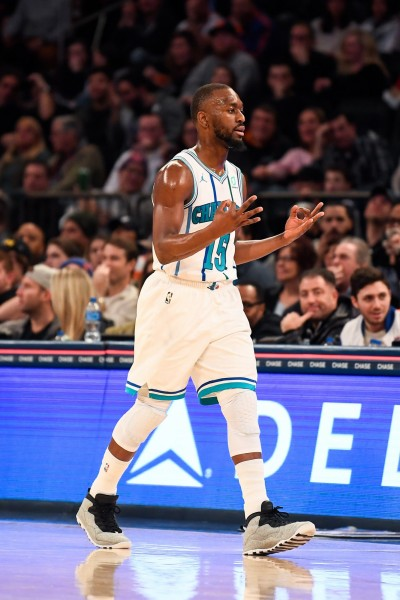 NBA》雙槍合砍44分 黃蜂輕鬆輾壓尼克