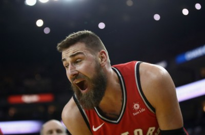 NBA》大V遭格林打到脫臼  記者:100樓都聽得到他慘叫(影音)