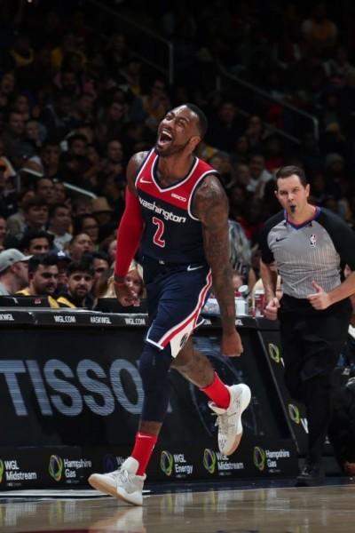 NBA》詹姆斯拿13分創新低 沃爾爆砍40分退湖人(影音)