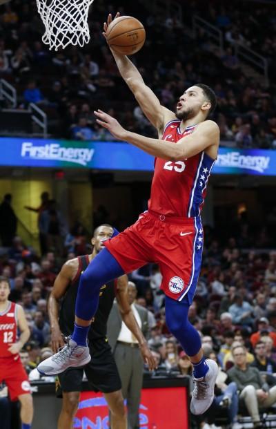 NBA》巴特勒回歸斬騎士 西蒙斯「怪物大三元」寫歷史(影音)