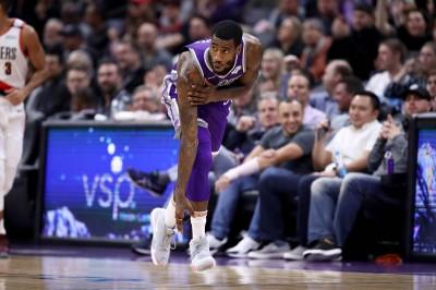 NBA》想衝進對手休息室「理論」 國王後衛遭攔