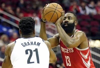 NBA》火箭籃網血戰創記錄 史上首次三分出手破百