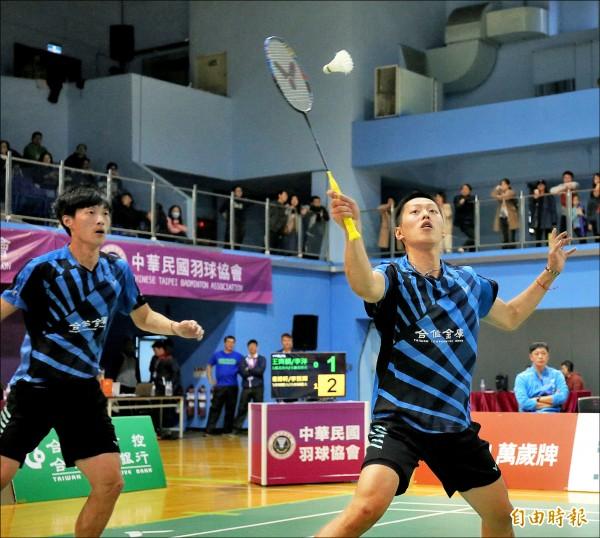 羽球排名賽》雙李雙打對決 李哲輝贏下首戰