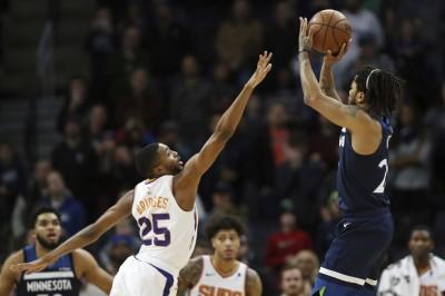 NBA》灰狼逆轉就靠他!「飆風玫瑰」0.6秒絕殺太陽(影音)