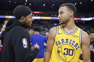 NBA》柯瑞兄弟檔決戰三分線 輸家包辦全家眷屬票