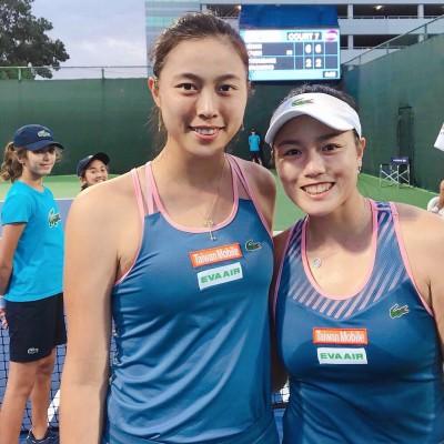 網球》詹家姊妹天助自助開胡 杜拜女雙晉16強
