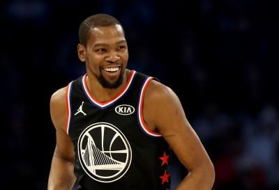NBA》明星賽轟62顆三分球 詹皇隊完成大逆轉、KD奪MVP