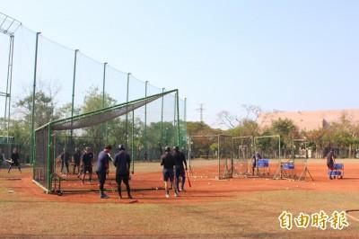 棒球》職棒未必有!台電有專屬球場、還要蓋室內練習場