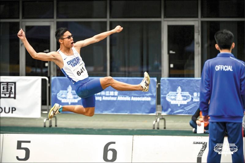 亞洲青少年田徑賽》跳遠、十項全能雙銀 跳高、鐵餅鍍銅