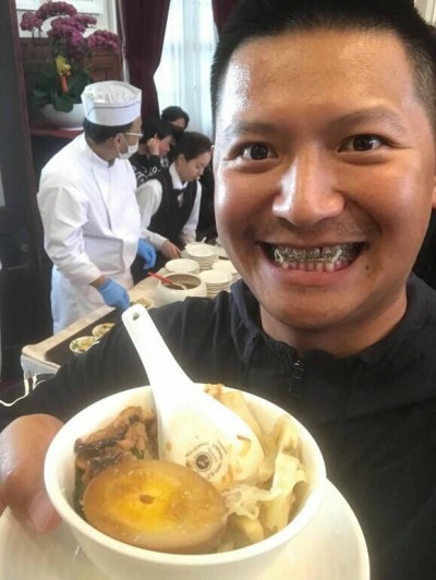 中職》和蔡英文有約  鄉長終於在總統府吃到滷肉飯