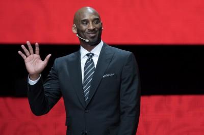 NBA》不是喬丹、詹皇   Kobe認為最偉大的球員是「他」