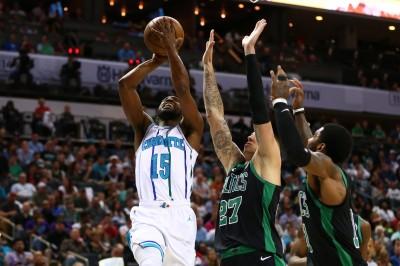 NBA》沃克狂轟36分11籃板9助攻 綠衫軍苦吞3連敗