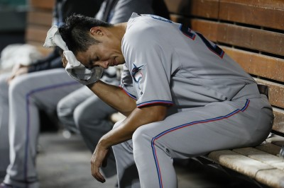 MLB》馬林魚大放火 陳偉殷本季首勝飛了
