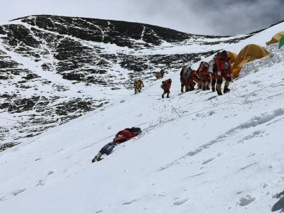 登山》登聖母峰跨過屍體「見死不救」? 三條魚提「詹8條」回應