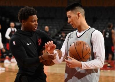NBA》冠軍賽連2戰坐板凳  林書豪不灰心仍跟隊友請益(影音)