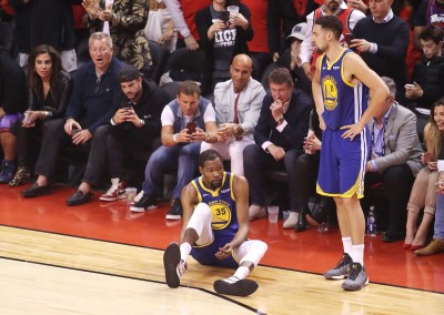 NBA》KD受傷不單純?外界質疑他打火箭時就傷到肌腱
