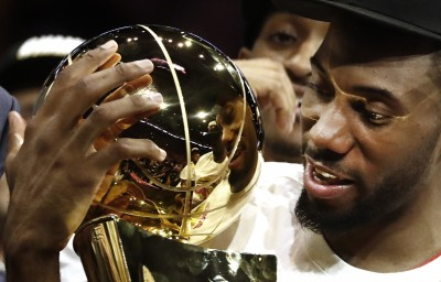 NBA》「3連霸守門員」當之無愧!雷納德東、西部皆奪FMVP