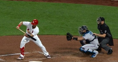 MLB》破守備佈陣 卡本特短打變二壘安(影音)