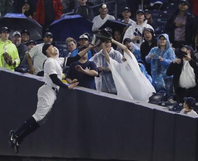 MLB》洋基「怪力男」歸隊!復出首戰大秀超狂美技(影音)