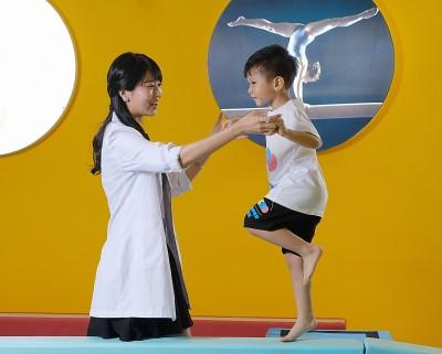 旅遊碰上長榮罷工不要哭 憑取消證明幼兒體操課打五折