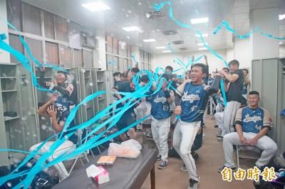 中職》桃猿逆轉統一 勇奪季冠5連霸