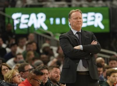 NBA》打造全聯盟戰績最佳勁旅 公鹿主帥勇奪最佳教練獎