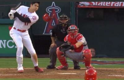 MLB》大谷翔平猛打賞又盜壘 超狂巧打讓網友看傻(影音)