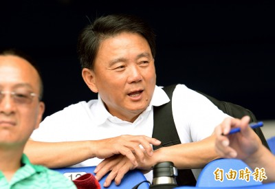中職》劉育辰暫代獅總教練  洪一中:人生很長、祝福他