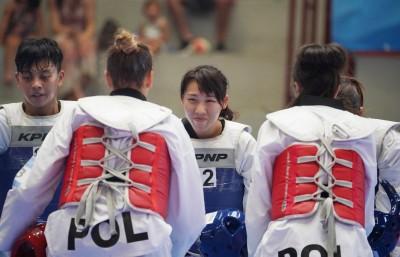世大運》踢落南韓!台灣跆拳道女團摘金