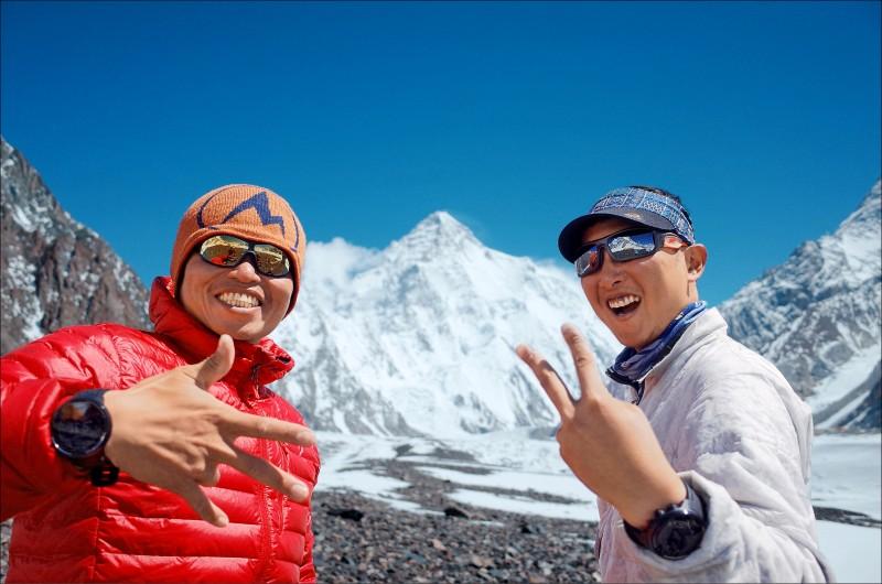 呂忠翰、張元植攻頂K2 剩最後一哩路